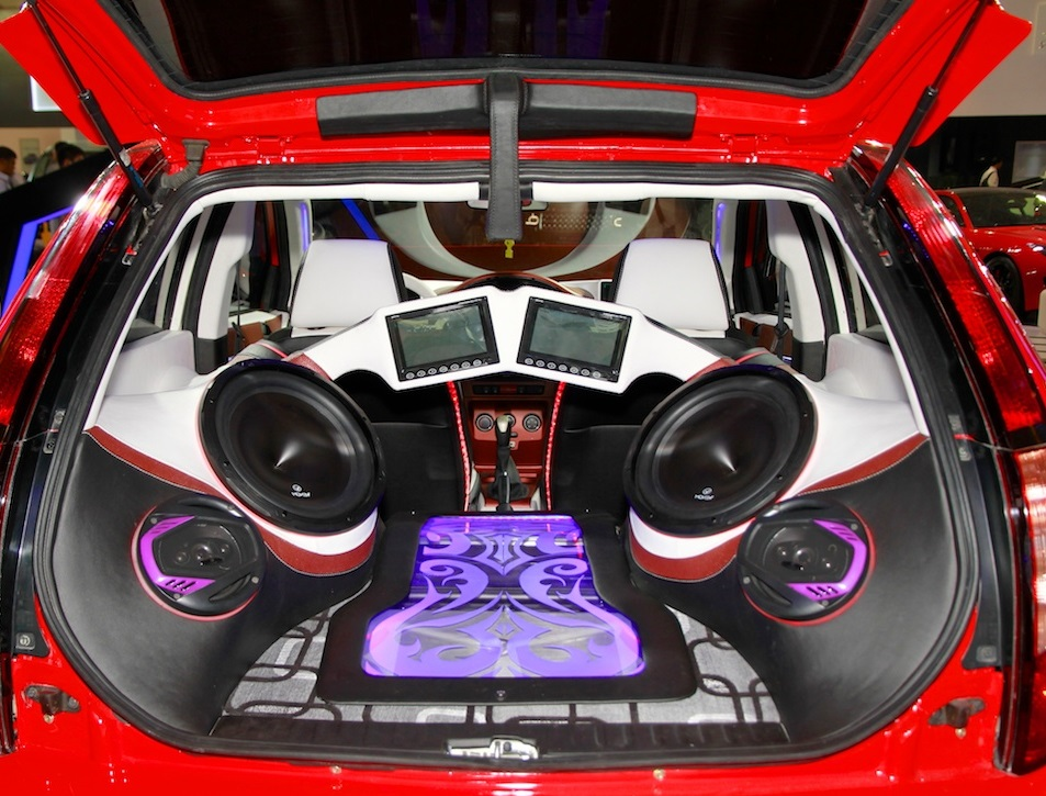increase the sound of car speakers without an amplifier